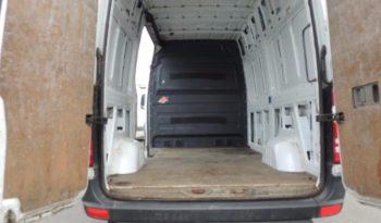 Mercedes Sprinter Medium Wheel Base full