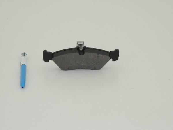 Brake pads rear 901