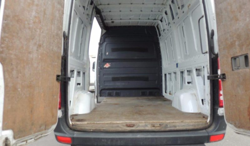 Mercedes Sprinter Medium Wheel Base full